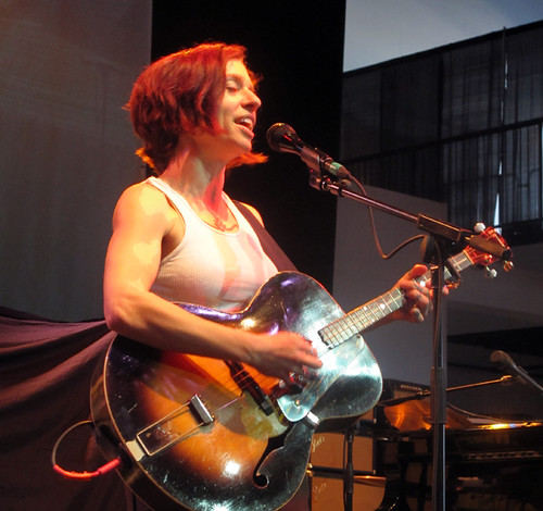 Ani DiFranco had some fiery lyrics for the Gulf Aid crowd