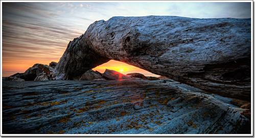 ocean rock sunrise dawn arch elizabeth maine sigma driftwood moe lobster cape shack 1020mm chen moe76