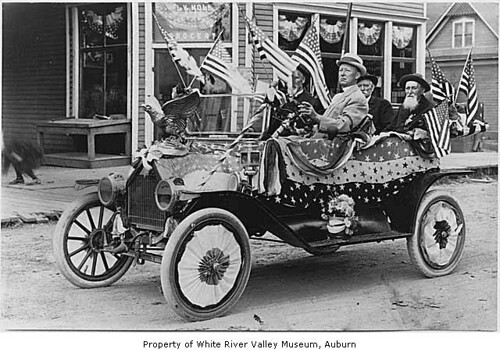 Independence Day Parade, Kent, July 4, 1911 by IMLS DCC