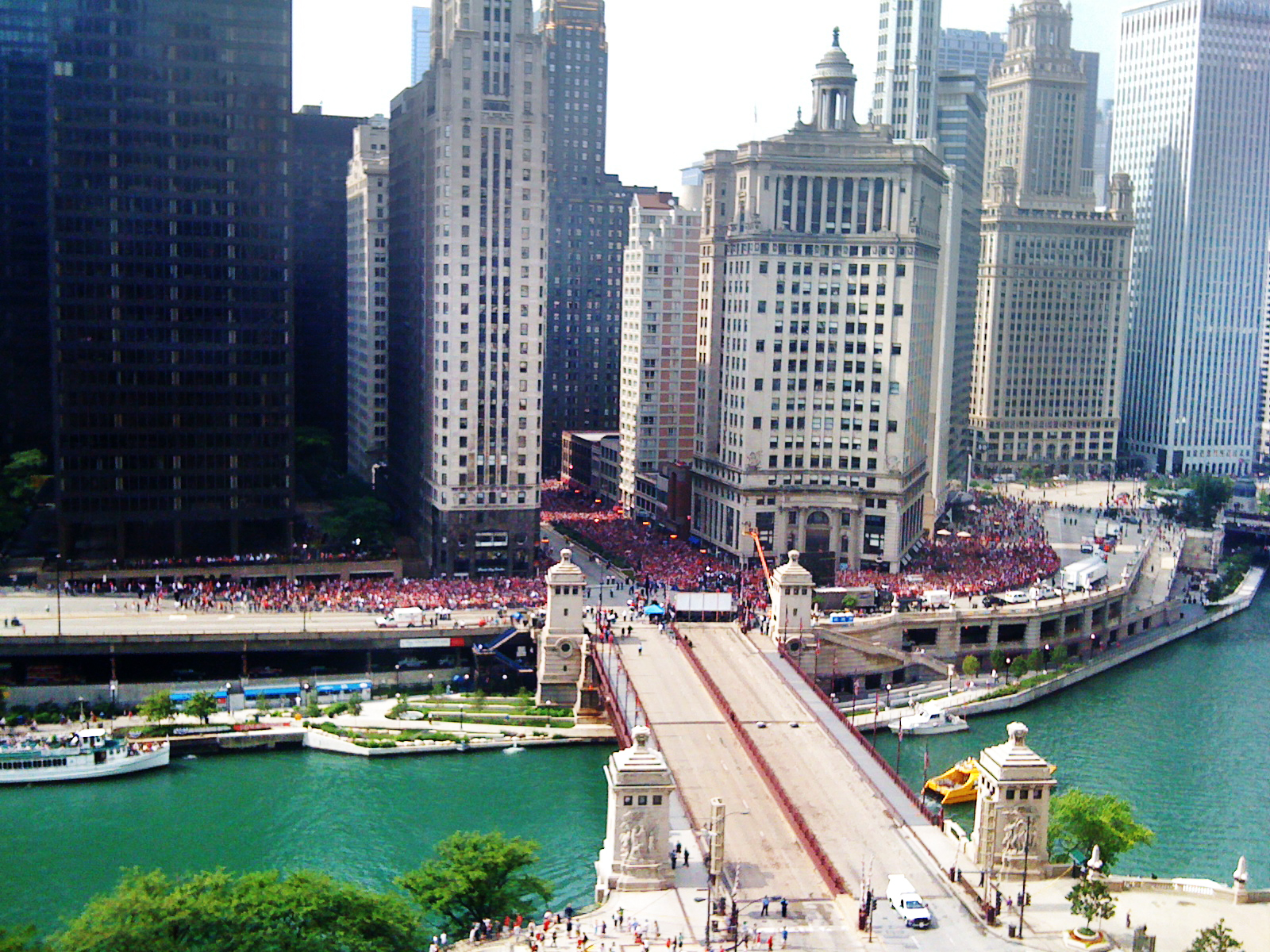 Aerial view of Blackhawks Stanley Cup celebration parade