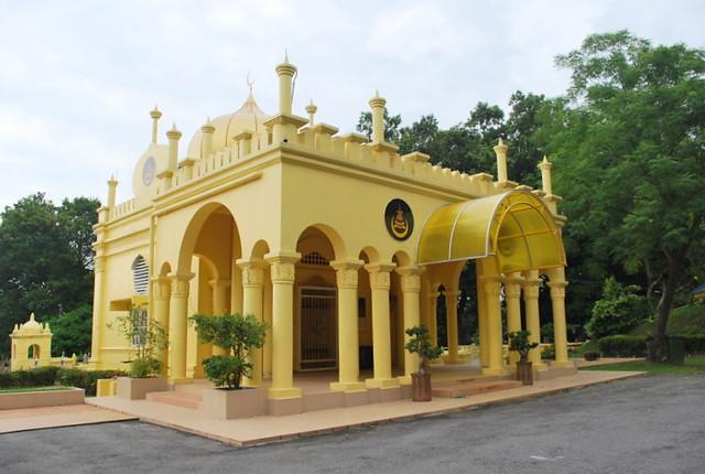 Makam Diraja Almarhum Sultan Abdul Samad Bukit Jugra Flickr P O