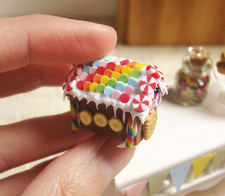 Miniature Food- Rainbow Gingerbread House