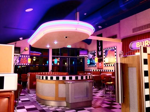 Burger king delft interieur flickr photo sharing for Interieur 60er jaren