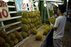 plant(0.0), market(1.0), produce(1.0), fruit(1.0), food(1.0), marketplace(1.0), durian(1.0), public space(1.0),