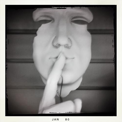 7/365 : Ssshh