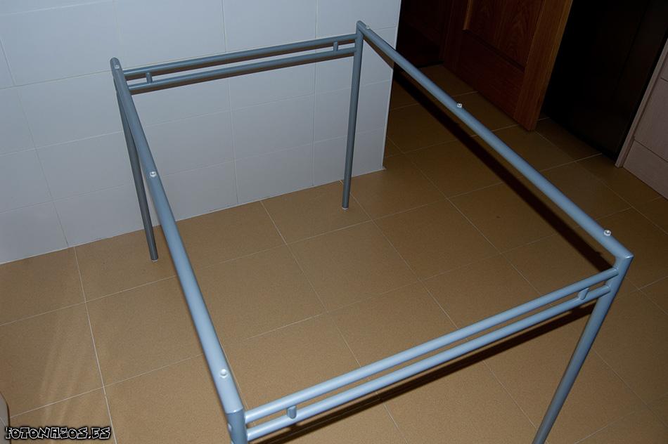 Foto montaje mesa laver con 4 sillas de ikea - Mesas de cristal ikea ...