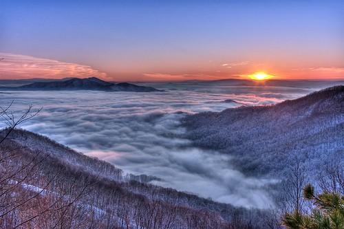 trees winter sunset sky usa sun mountain snow fog photoshop nikon unitedstates tennessee blueridgemountains hdr tellico appalachianmountains cs4 cherohalaskyway cherokeenationalforest d90 photomatix unicoimountainrange