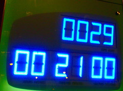 automotive exterior(0.0), signage(0.0), digital clock(0.0), scoreboard(0.0), clock(0.0), vehicle registration plate(0.0), font(1.0), display device(1.0), flat panel display(1.0),