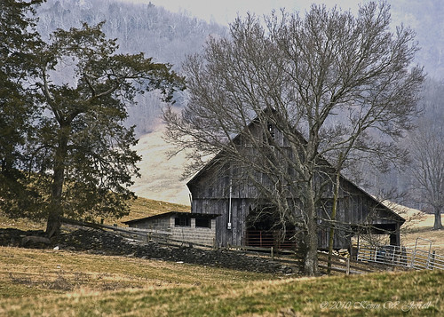 old rural country farming rustic barns pasture farms southwestvirginia offthebeatenpath stonefences countryscenes leecountyva kjerrellimages gibsonstationva