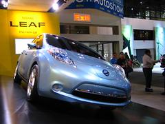 automobile, exhibition, vehicle, nissan leaf, automotive design, auto show, electric car, nissan, land vehicle, electric vehicle, sports car,