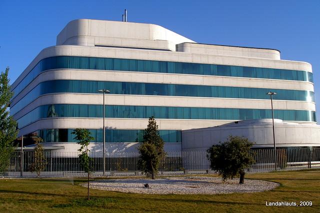 Edificio diputaci n de granada arquitectos andr s perea - Arquitectos de granada ...