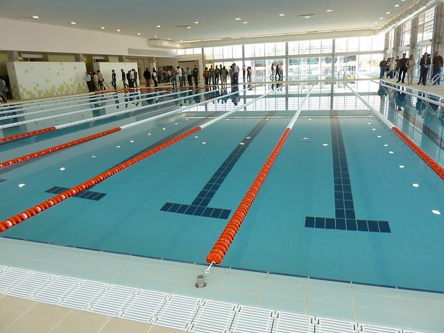 piscina UJI