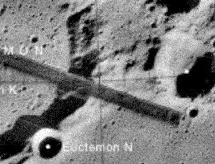 astronauts find structures on moon - photo #37