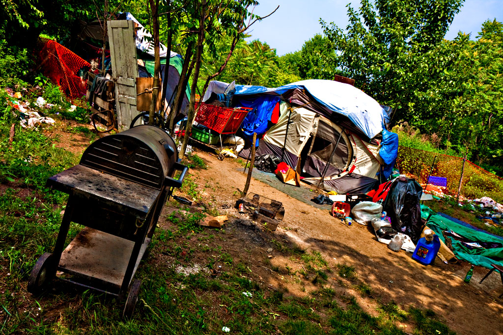 Beasto's-tent--Camden-3