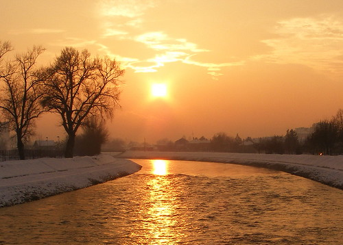 trees winter light sunset sky sun snow cold reflection river gold colours view serbia zaječar abigfave timok