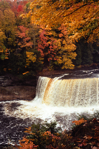 Tahquamenon falls state park reviews tips activities Cabins near tahquamenon falls