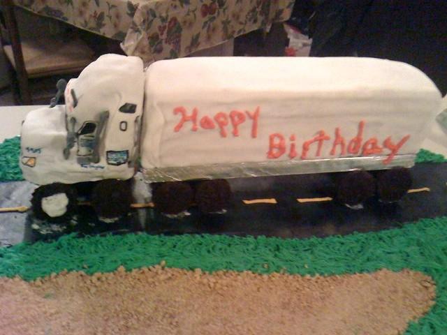 18 wheeler cakes
