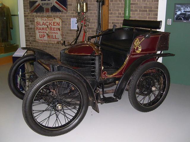 1899 Wolseley 3-1/2hp. Voiturette