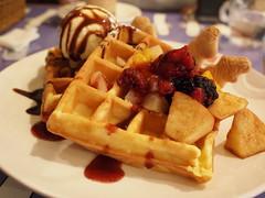 meal, breakfast, brunch, vegetarian food, belgian waffle, food, dish, cuisine, waffle,