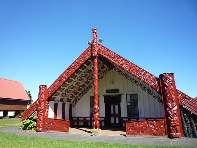 Te Paku o Te Rangi meeting house, Putiki Marae