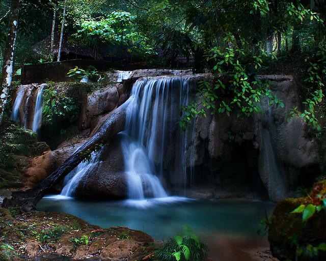 Cascadas de agua azul agua azul chiapas m xico for Cascadas de agua