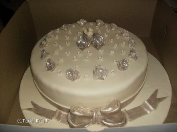 Pictures of 25Th Anniversary Cakes http://www.flickr.com/photos/49489651@N05/4540927311/