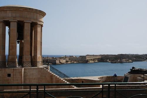 Malta - Seige Bell Monument & Vittioriosa Fort St Angelo from Lower Barrakka Gardens 2