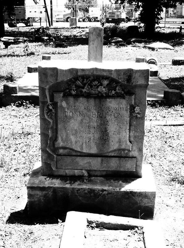 Olivewood Cemetery, Houston, Texas 0502101255BW