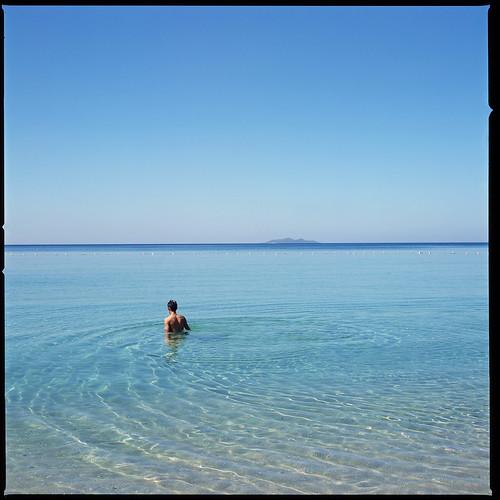 ocean blue sea 120 film water beautiful look analog mediumformat back alone skin bare clear hasselblad pacificocean abyss 500cm hasselblad500cm chrispaguio featuredonfeelingnegativecom fujifilmvelvia100frvp