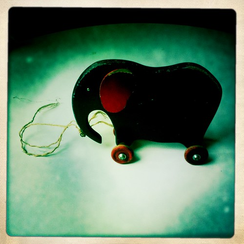 The old toy elephant