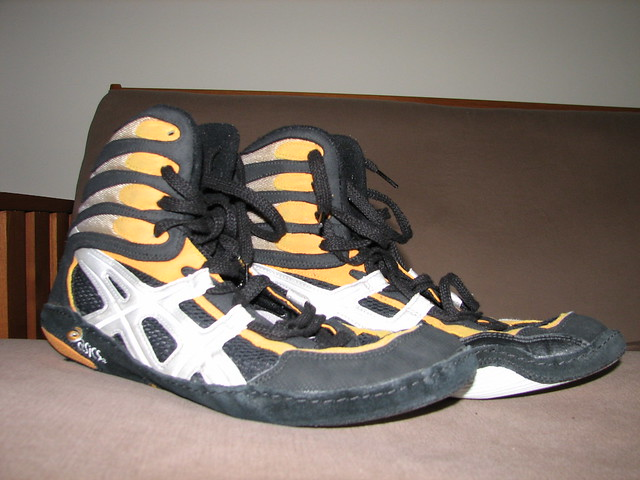 asics pursuit 2 wrestling shoes