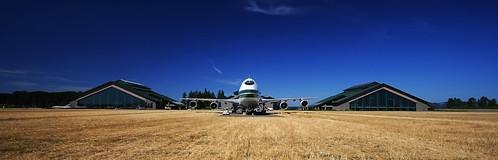 summer hot field museum oregon warm or aviation bluesky goose spruce mcminnville