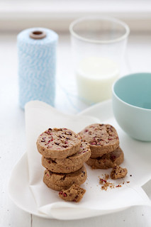 raspberry, cocoa nib and mesquite cookies