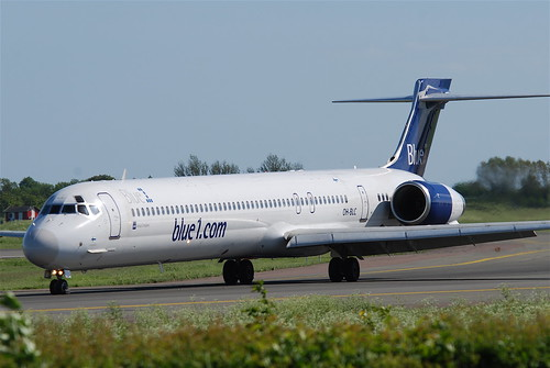 Blue 1 MD-90; OH-BLC@CPH;03.06.2010/574fy