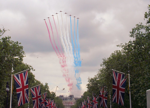 Red Arrows fly over The Mall