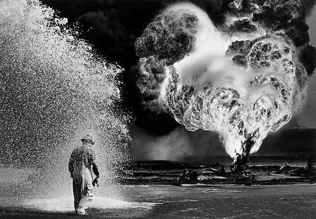 Kuwait 1991, by Sebastião Salgado