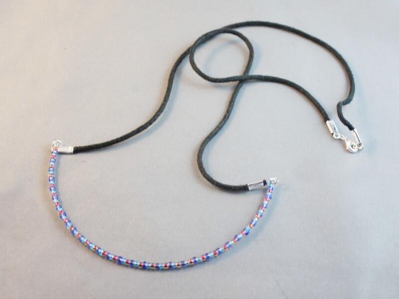 large curve necklace 2