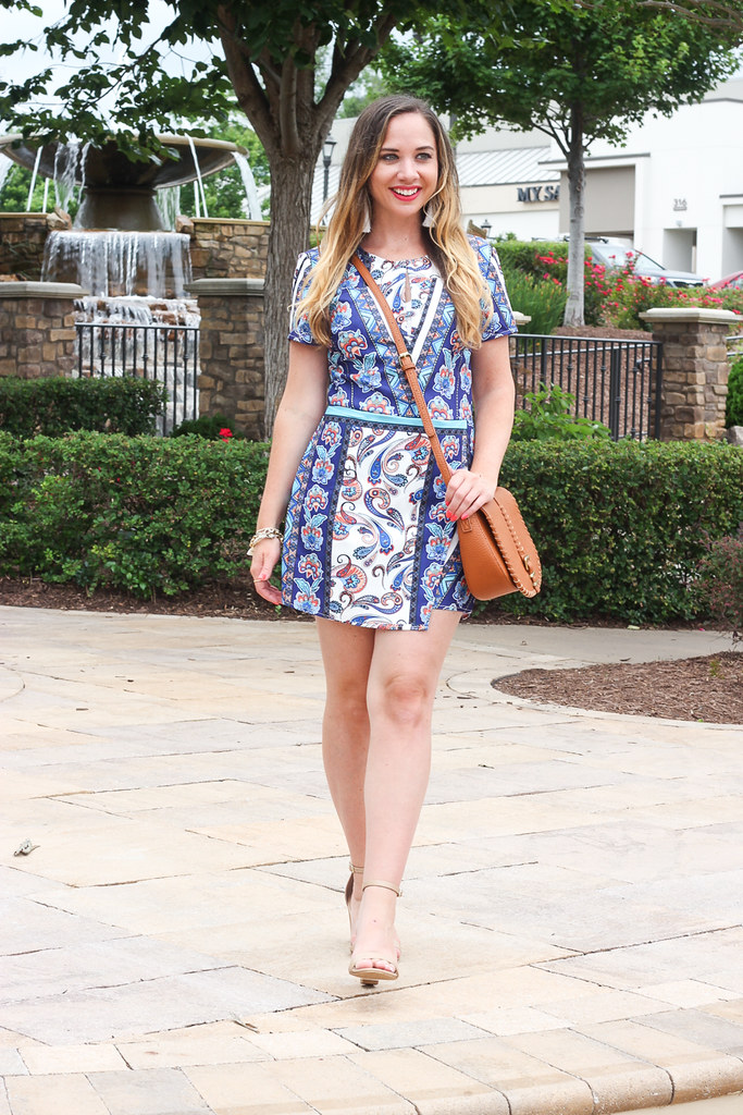 The Perfect Printed Romper for Minimalist Outfit Inspiration