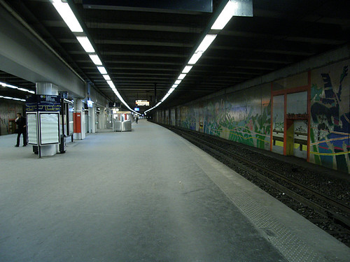 Quai central de Neuilly-Porte Maillot (6 janvier 2010)