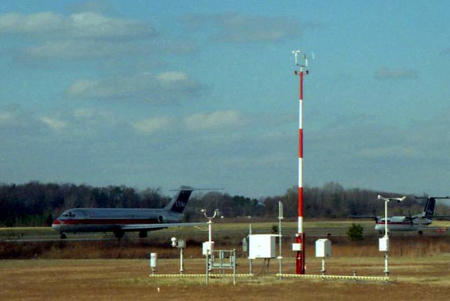 Charlotte Douglas Airport (1995)