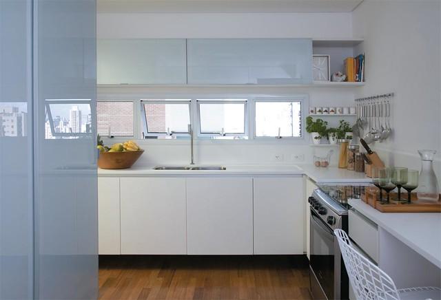 Cozinha Branca em apartamento  Flickr  Photo Sharing! # Armario De Cozinha Feito Por Marceneiro