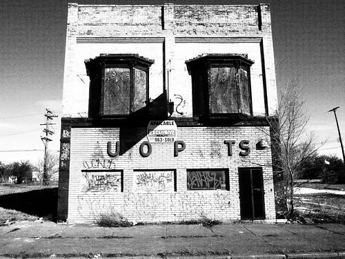 abandoned decay michigan detroit ruin autoparts