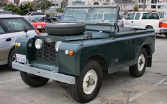 military vehicle(0.0), austin gipsy(0.0), off-roading(0.0), antique car(0.0), automobile(1.0), automotive exterior(1.0), vehicle(1.0), land rover(1.0), off-road vehicle(1.0), land rover series(1.0), bumper(1.0), land vehicle(1.0), motor vehicle(1.0),