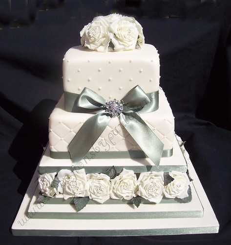 Square Rose Wedding Cake
