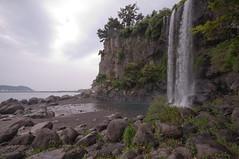Jeongbang-Falls-5