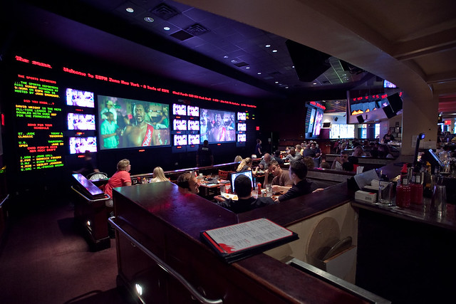 Espn zone in new york flickr photo sharing for Cuisine new zone