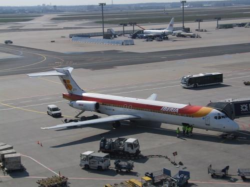 EC-EYY Iberia McDonnell Douglas MD-87
