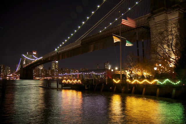 Cafe Brooklyn Bridge Park