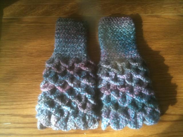 Crochet Crocodile Stitch Fingerless Gloves #2 Flickr ...