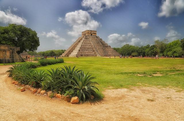 El Castillo-Chichén Itzá